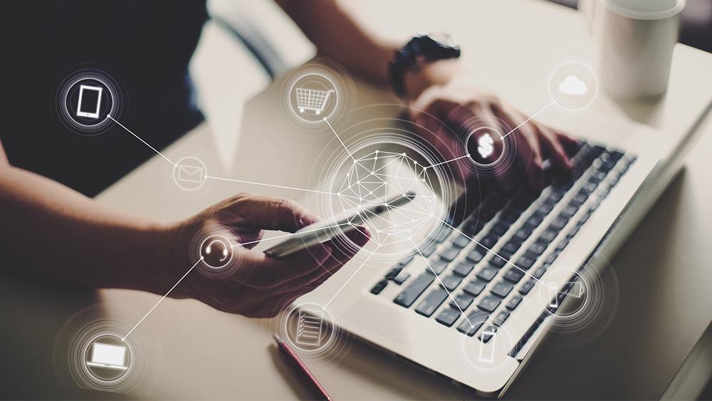 Le multicanal et l'omnicanal: deux philosophies pour améliorer votre service client.